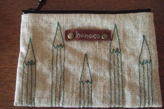 hanacoミシン刺繍のコインケース・鉛筆